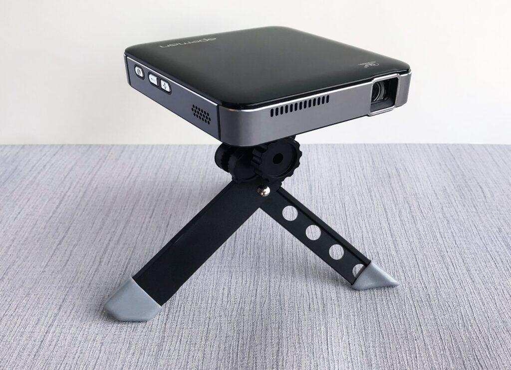 APEMAN M4 Mini Portable Projector za gledanja filmova u vrtu, 1.020 kn