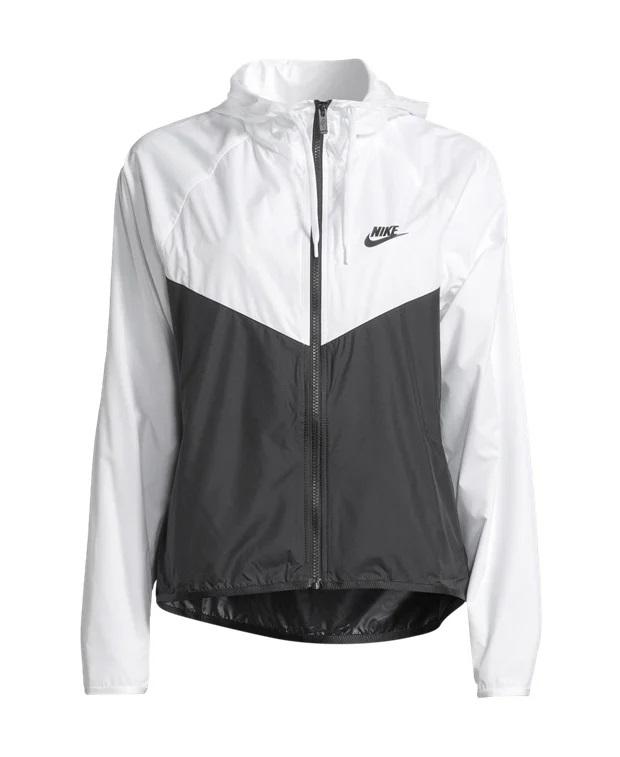 Nike jakna, sa 603 kn na 152 kn