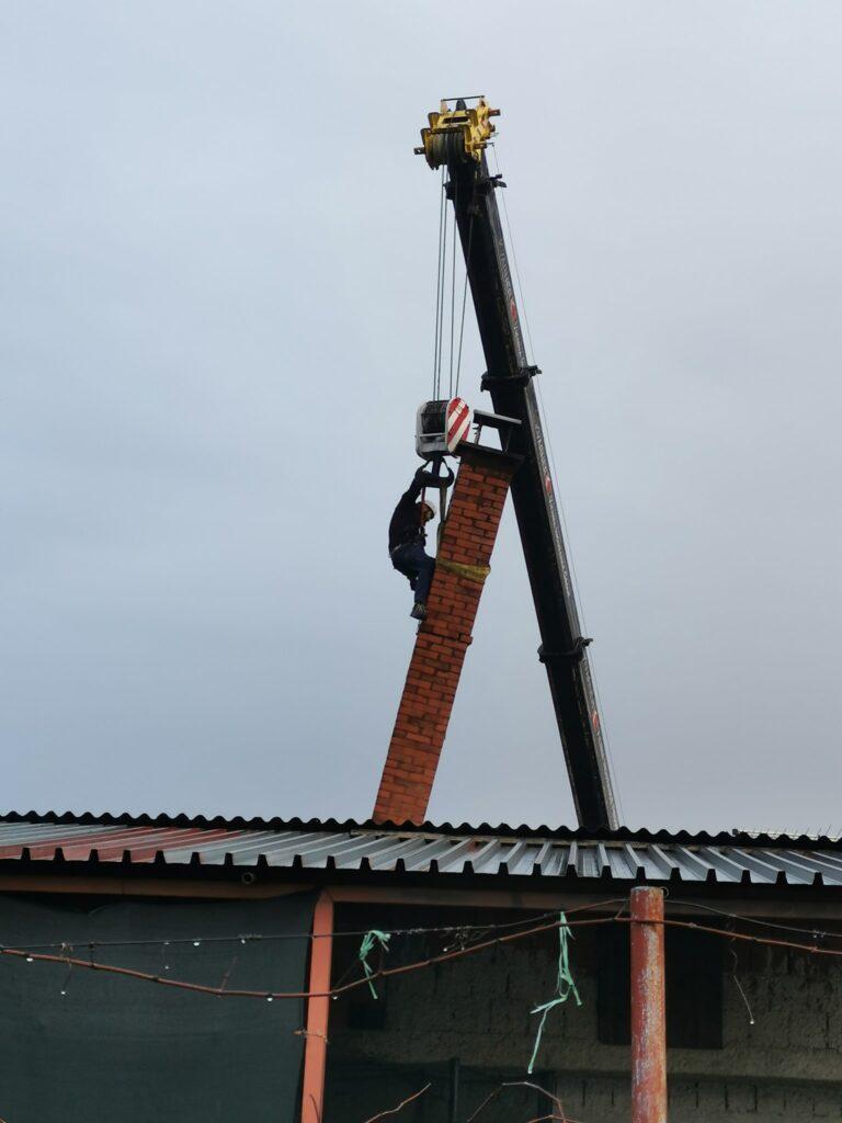 ninja krovnjače on site chimney