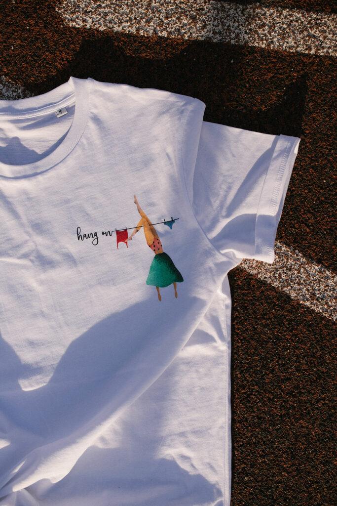 lara žigić hang on t-shirt