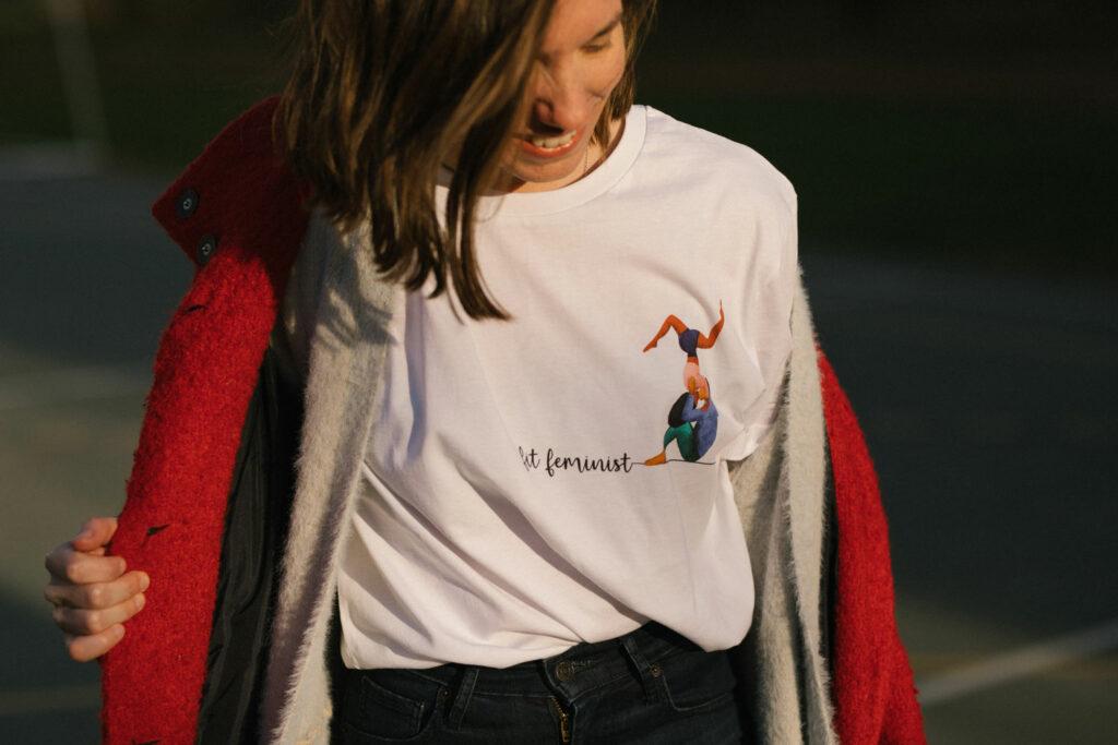 lara žigić white t-shirt