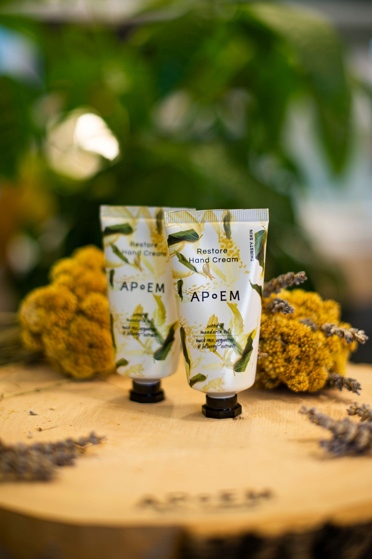 apoem clean beauty hand cream