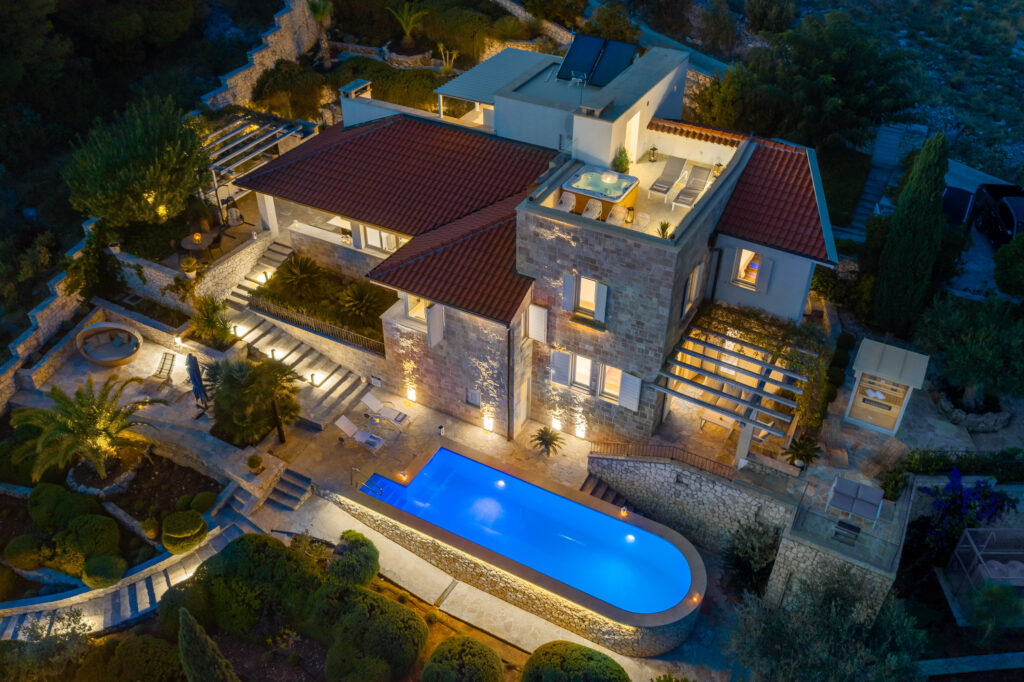 Palazzo Grace noć izvana