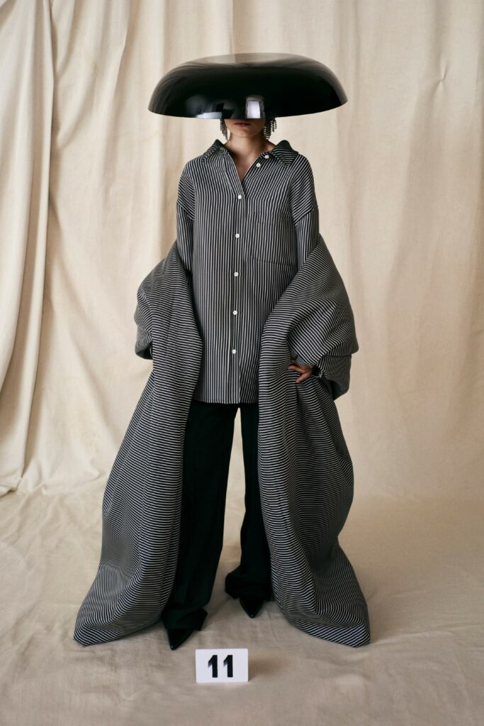 00011-Balenciaga-Couture-Fall-21-credit-brand