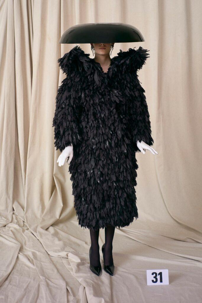 00031-Balenciaga-Couture-Fall-21-credit-brand