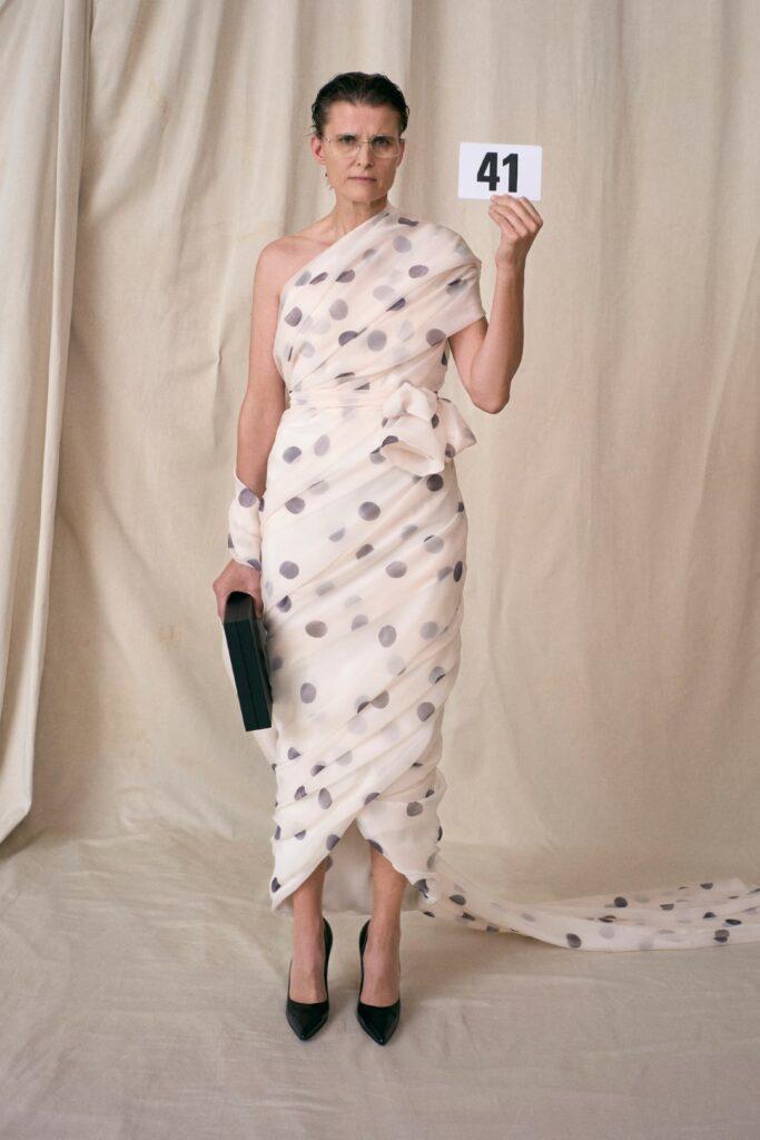 00041-Balenciaga-Couture-Fall-21-credit-brand