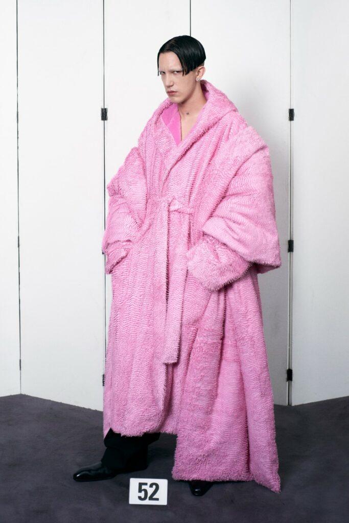 00052-Balenciaga-Couture-Fall-21-credit-brand