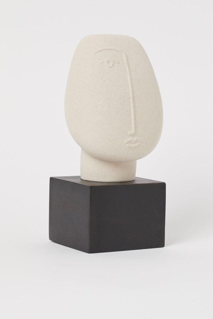 Keramička skulptura H&M Home, 170 kn