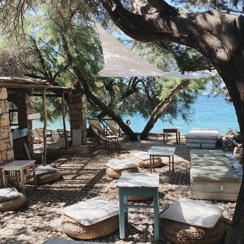 duba beach bar