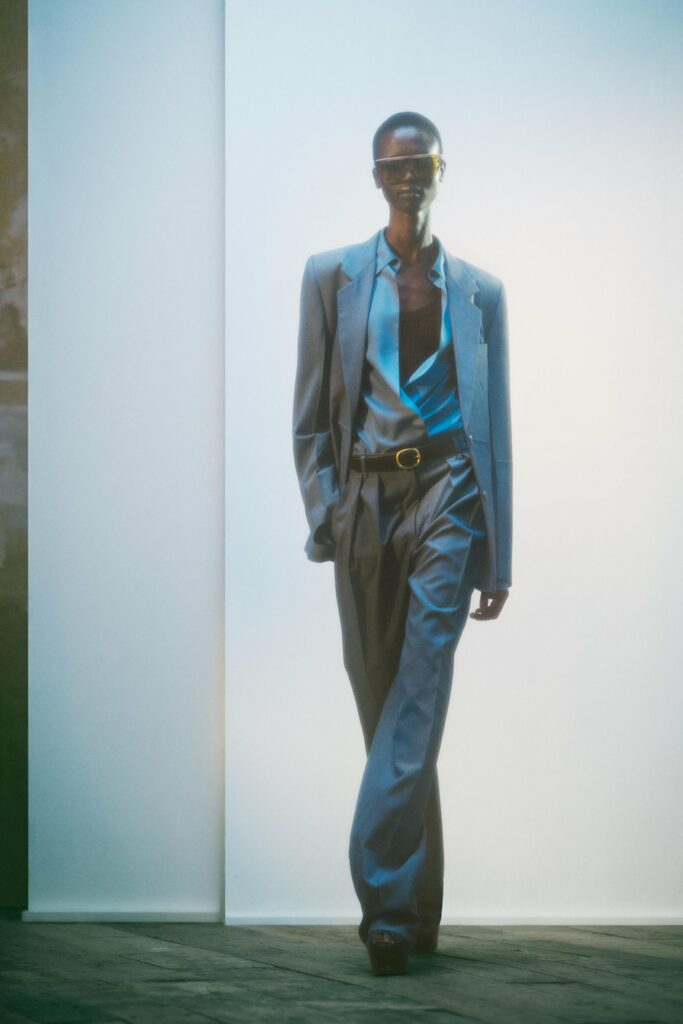 VB_SS22_COLLECTION_PAGE_LOOK_27_v2_1700x