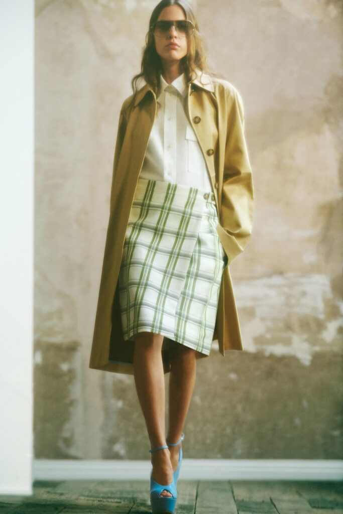 VB_SS22_COLLECTION_PAGE_LOOK_6_v2_1700x