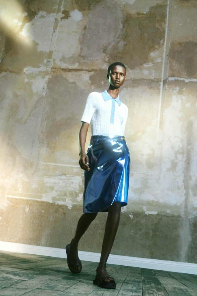 VB_SS22_COLLECTION_PAGE_LOOK_7_1700x
